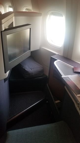"""The Perils of Outstation Departure: Cathay Pacific """"New"""" Business Class Service Chicago -"""