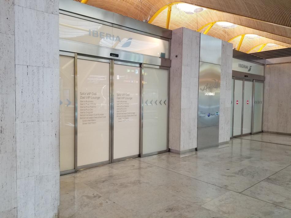 Iberia T4 Sala Dali Madrid: Function, Functional, Functionality!