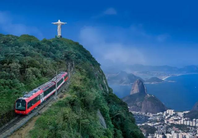 """""""Trem do Corcovado é um termômetro do turismo do Rio de Janeiro"""", afirma Sávio Neves"""