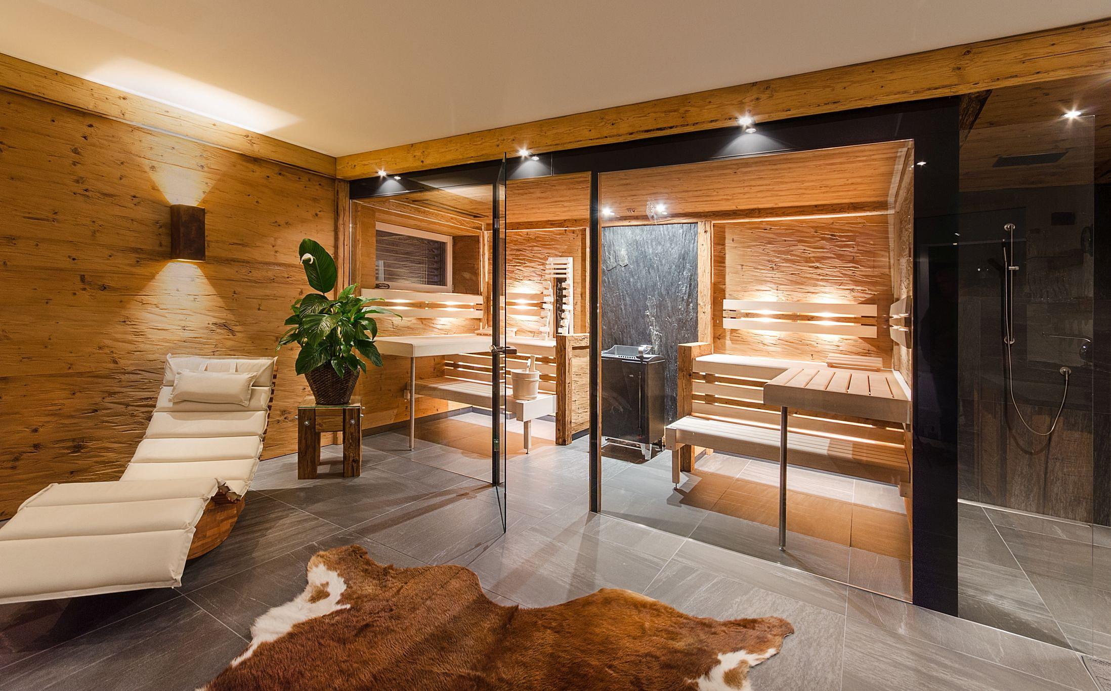 priewasser saunaqualit t aus h hnhart sauna altholz glas. Black Bedroom Furniture Sets. Home Design Ideas