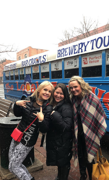 Girls Day On The Brunch Bus!
