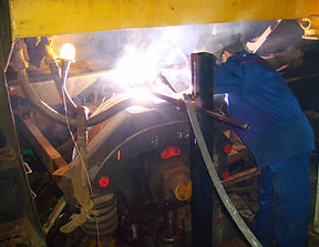 Комплекс оборудования для наплавки бандажей колесных пар тепловоза без ее выкатки