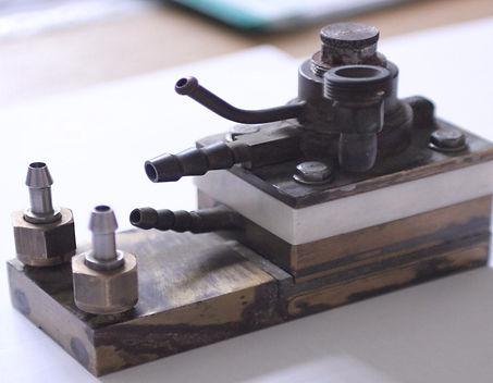 Электродуговая металлизация, металлизатор