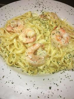 Shrimp Alfredo_edited.jpg