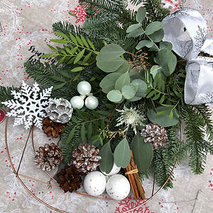 Wintry White wreath kit.jpg