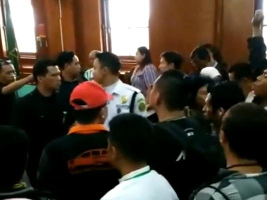2 Terdakwa Kasus Sipoa di Triaki Maling Oleh Pengunjung