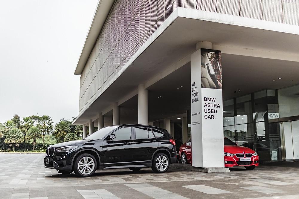 BMW Astra merupakan diler resmi BMW terbesar di Indonesia menyediakan layanan penjualan mobil baru dan bekas, layanan purna jual yang lengkap dan bernilai tambah bagi pelanggan, terdiri dari jasa pemeliharaan, perawatan dan perbaikan kendaraan di pusat perawatan BMW yang dikelola oleh BMW Astra maupun melalui jasa perawatan kendaraan di rumah (home service), layanan darurat 24-jam di jalan raya, dan penyediaan suku cadang, aksesoris dan merchandise. BMW Astra mengelola jaringan terdiri dari kantor pusat dan 8 cabang, yang tersebar di 5 kota di Indonesia; Jakarta, Semarang, DIY, Surabaya, Makassar, dan Denpasar. Cabang di Jakarta meliputi