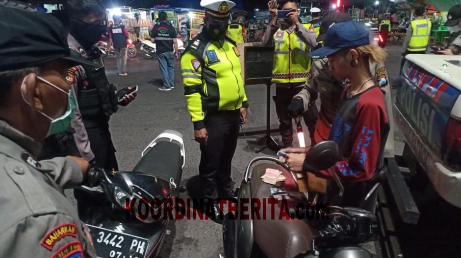Cegah Aksi Premanisme, Polisi Sidoarjo Terus Gencarkan Patroli