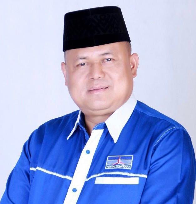 Agung Mulyono, Ketua Badan Penelitian dan Pengembangan DPD Partai Demokrat Jawa Timur meminta semuah pihak termasuk Ketua DPW PPP Jatim Musyafak Noer untuk tidak menghalangi Emil Dardak menjadi Ketua DPD Partai Demokrat Jatim. (Foto: Dim)