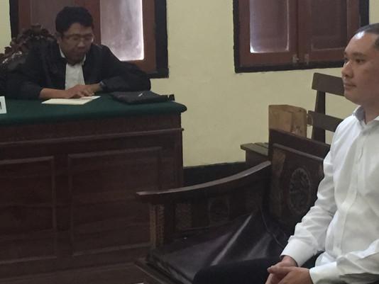 Hakim PN Surabaya Putus 2 Bulan Penjara Terhadap Royce Muljanto