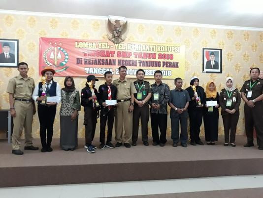 Yel-yel Anti Korupsi 'Pecah' di Kejari Tanjung Perak