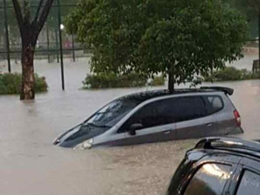 Citraland Banjir Setinggi LututOrang Dewasa, Tewaskan Anak SMP