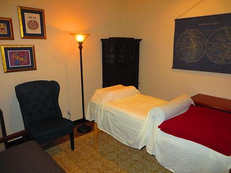 Room 1 full with lamp.jpg