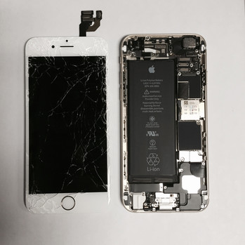 Cracked iPhone 6 in for a Screen Replacement