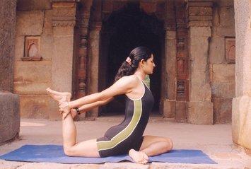 yoga-1482810.jpg