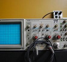 100 MHz Oscilloscope.jpg