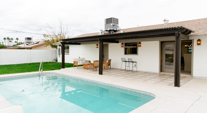 Fully Renovated Pool/ Patio