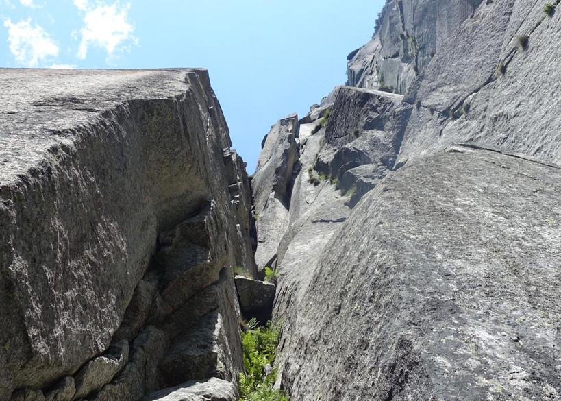 Teufelstalwand Laura Klettern Cleanklettern Riss