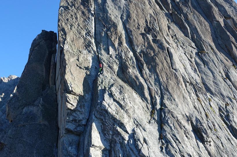 Salbit Westgrat Klettern Turm 2 Holzkeilriss