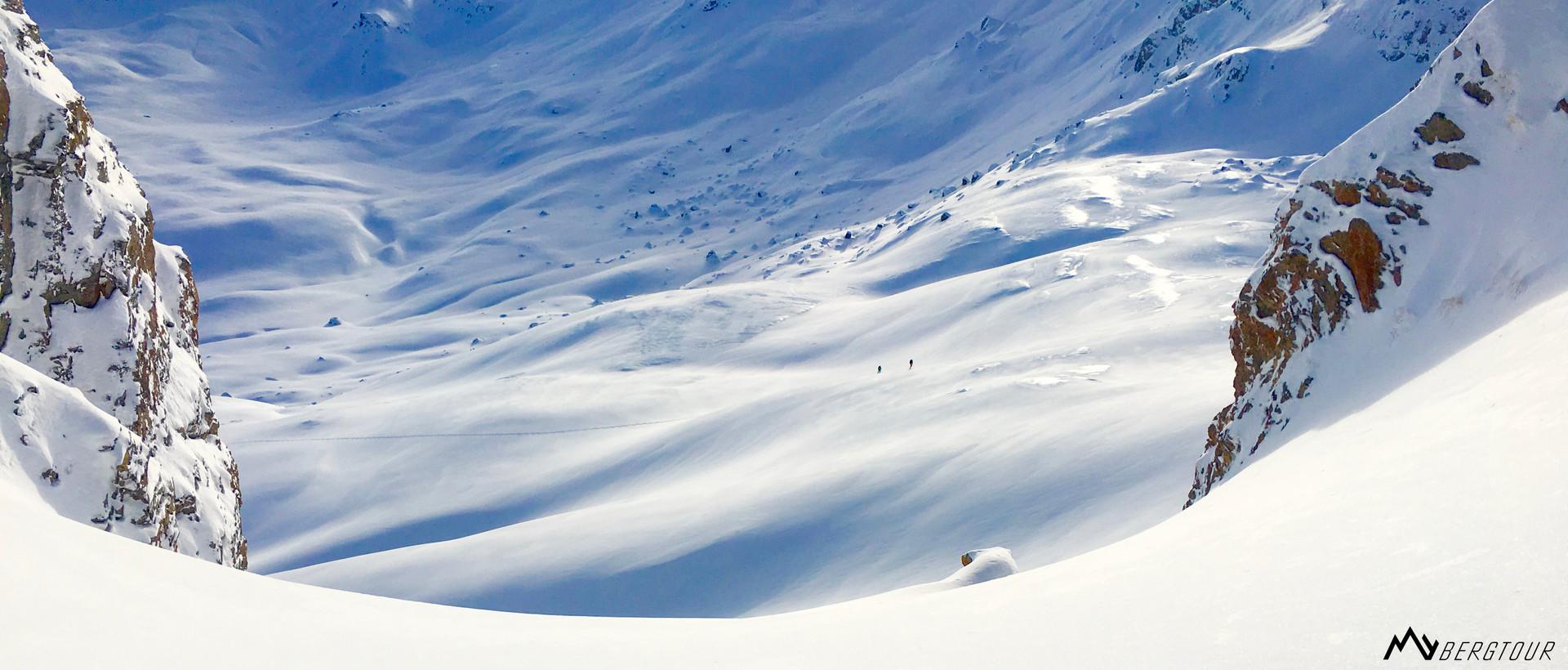 Skitour mit den Bergführern von mybergtour Einsamkeit