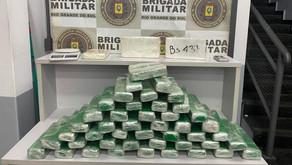 BM-RS Policiais militares do 3º BPM prendem dois homens com mais de 30kg de drogas em Novo Hamburgo