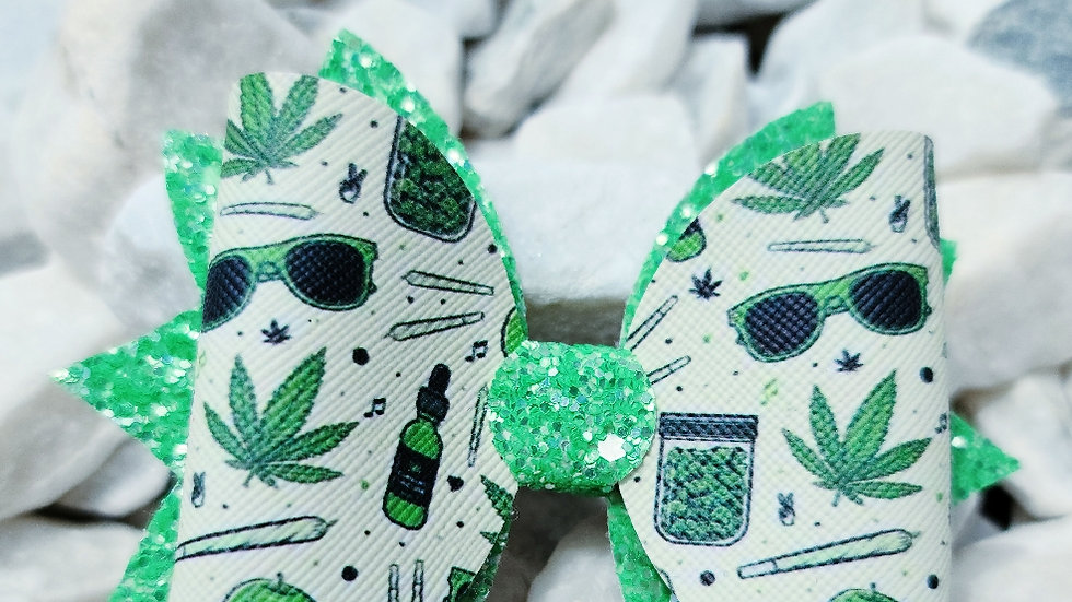 Weed Bow