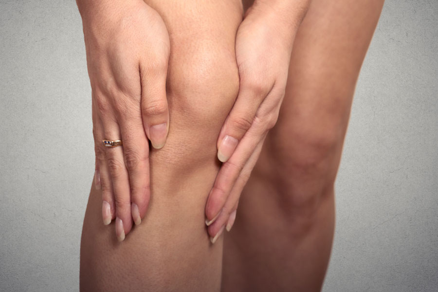 replacement knee surgery by clare lewey chartered physiotherapist