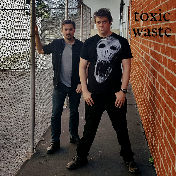 ToxicWaste_Band1_1500.png