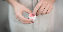 d.i.y silky lips + vegan lip balm