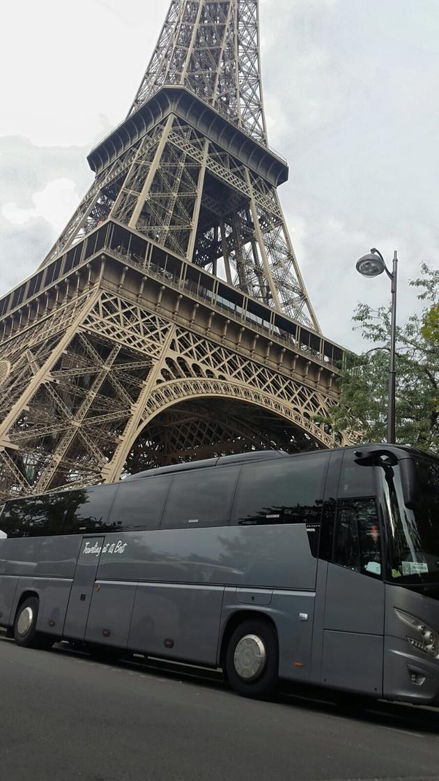 Paris coach hire