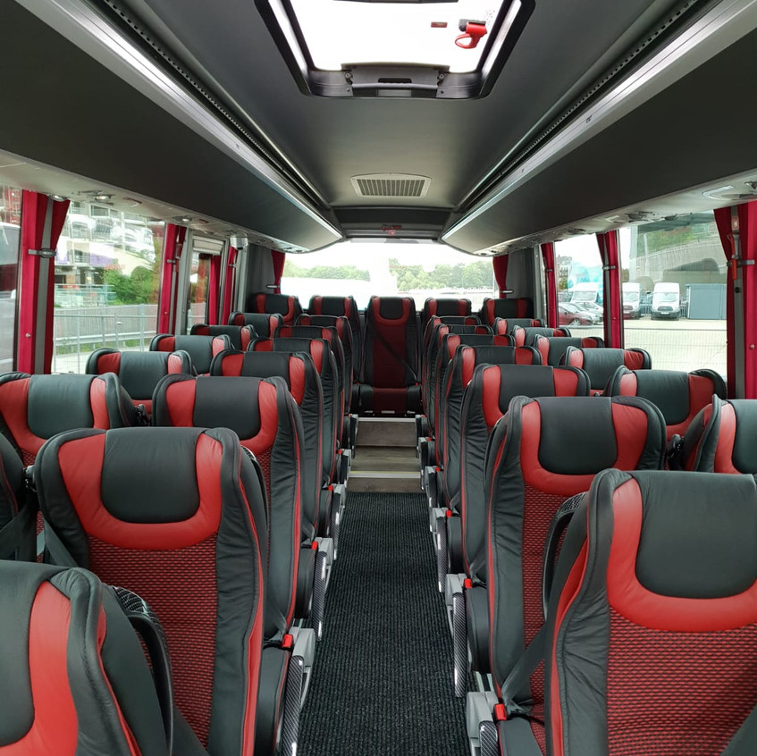 00205_LONDON TRAVEL IN LIMITED _Luxury minibus hire in London