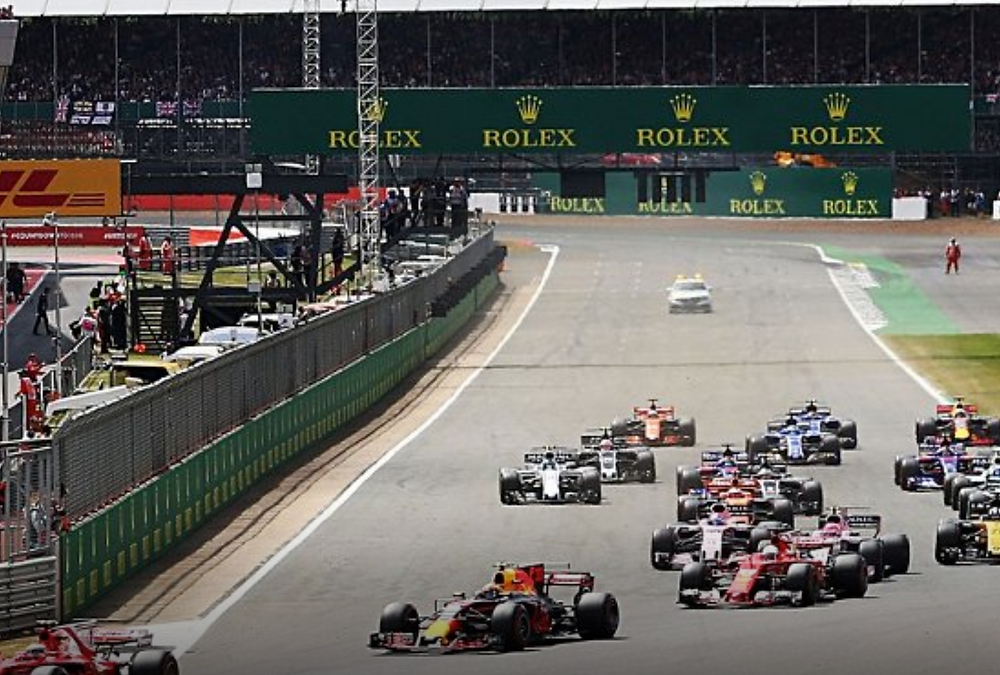 European Formula 1 races live with Leger - With fly or travel by coach