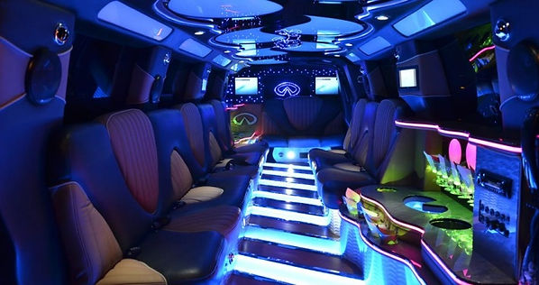 Infinity-SUV-Stretch-NYC-limo-white-inte