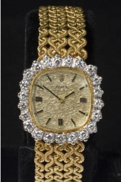 Rolex, manual movement, brilliant cut diamonds