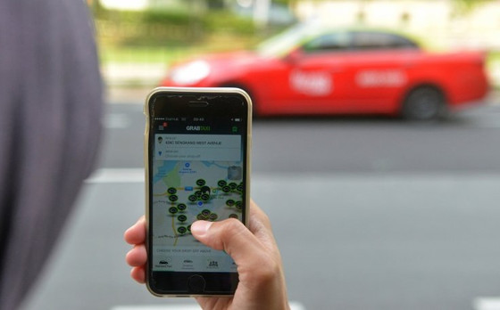 """Uber rival """"Grab"""" raises $2.5bn in biggest ever round of investment in South East Asia"""