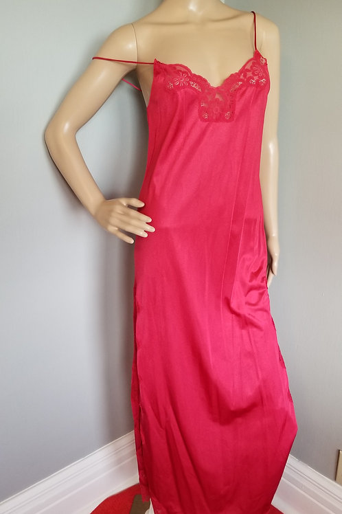 70's Flair Nightgown in Hot Red - S