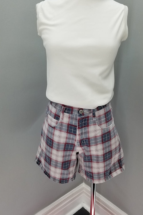 90s high waisted shorts in Red, White & Blue Plaid  - M