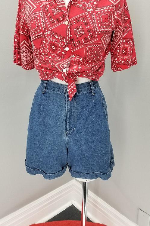 "90s ""Essentials"" denim high waisted shorts  - M"
