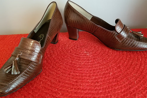 70s Hush Puppies in faux gator  - NOS. 9.5M