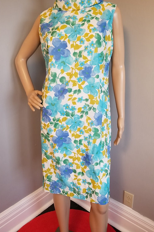 60's Super Sweet Floral Shift Dress with High Collar - L