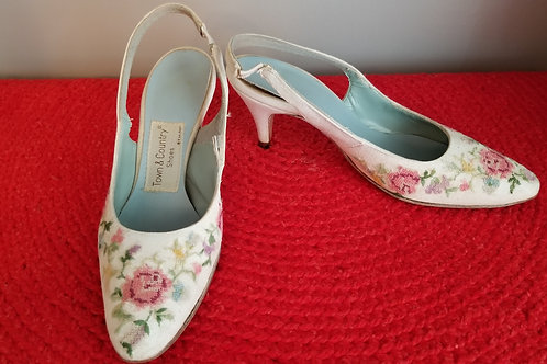 60's Town & Country Floral Cross-stitch Sling Backs - 7N?