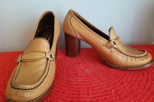 70s Saxone Cameo Leather Loafer -  8.5 - 9M