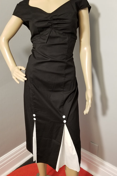 Vintage 40s Inspired Chic Star Wiggle Dress in black with white detail - XXL