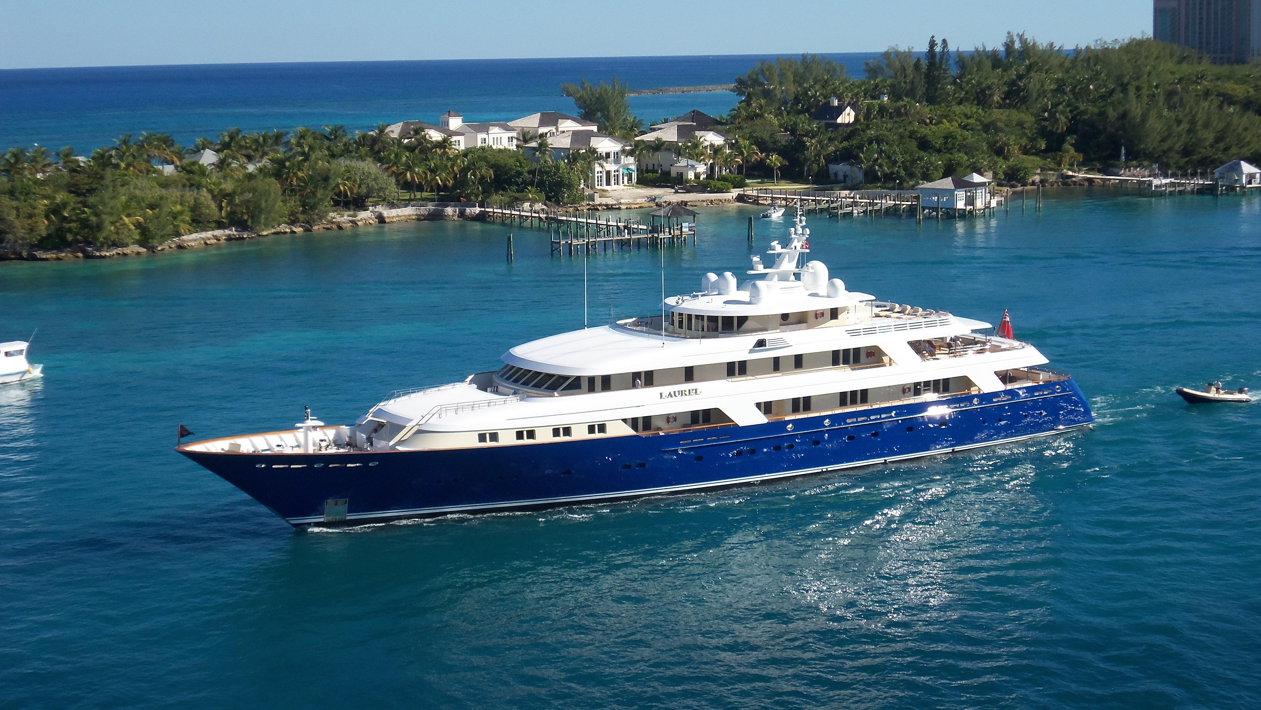 yacht-740610