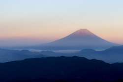 mount-fuji-landscape-in-japan
