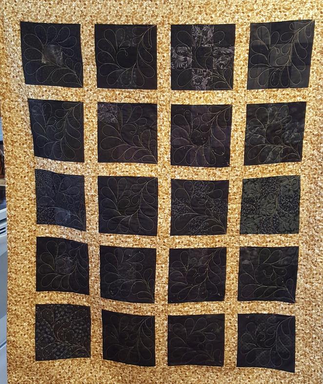 Challenge 2017-#11, Black & Gold 9- Patch