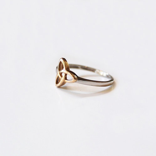 Trinity Knot Two Tone Gold Ring
