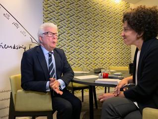 Ken Follett interviewed by Liliana Faccioli, Skynews Italy