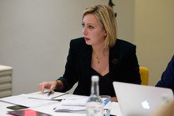 Francine Lacqua, Bloomberg