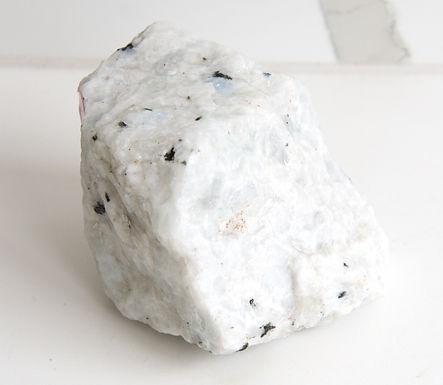 Moonstone Rough (LRG)